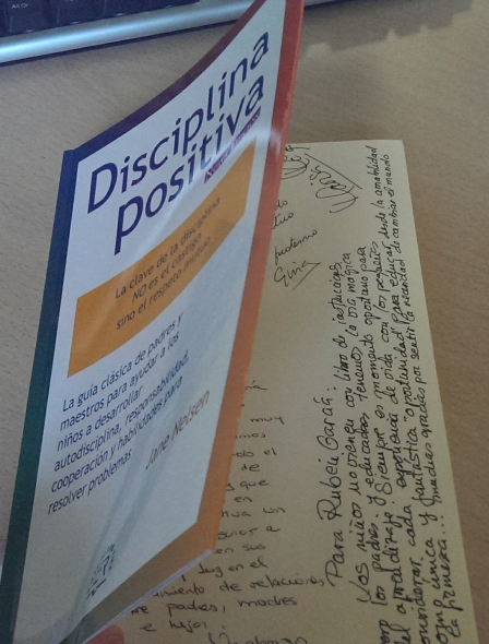 Disciplina positiva, libro con dedicatoria